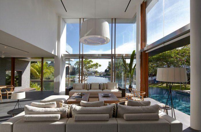 Великолепный проект современного дома в Сингапуре в окружении воды