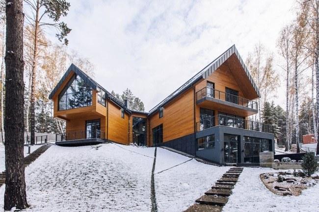 5 проектов жилых домов со скатной крышей из металлочерепицы