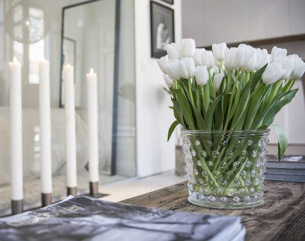 35 красивых идей фитодизайна при помощи букета цветов