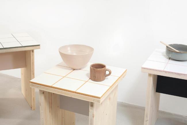 Табуретка своими руками с покрытием из керамической плитки