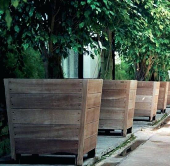 временный экостиль. 20 идей деревянных ящиков для растений