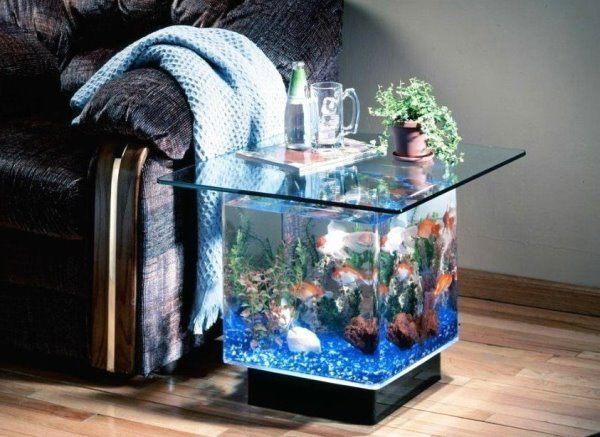 Большой аквариум в интерьере